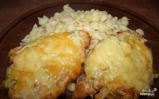 Курица с сыром в духовке
