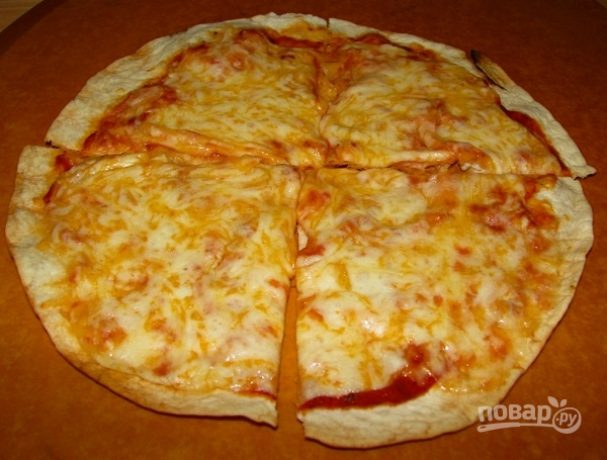 Сырная пицца на гриле