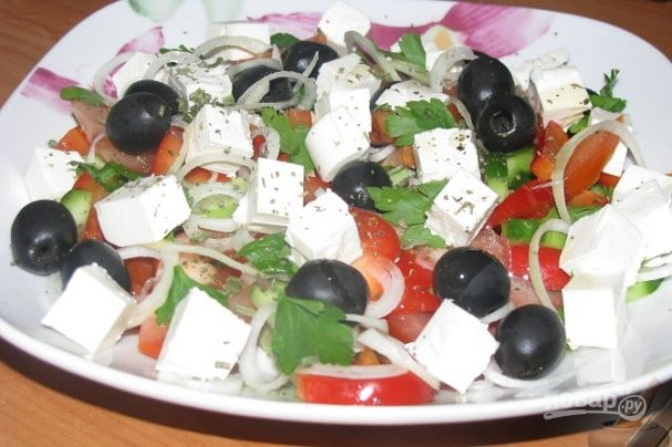 """Греческий салат с сыром """"Фета"""""""
