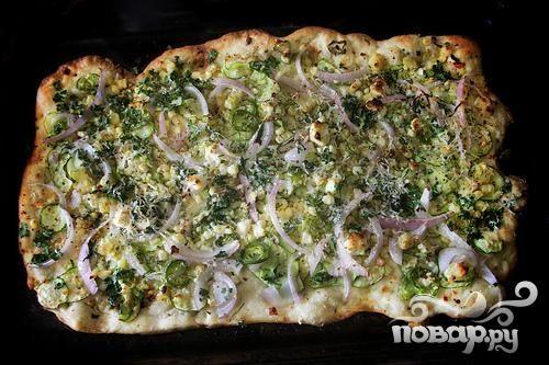 Пицца с цуккини и кукурузой