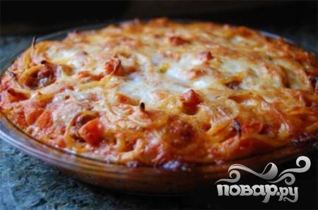 Пирог из спагетти, помидоров и говядины