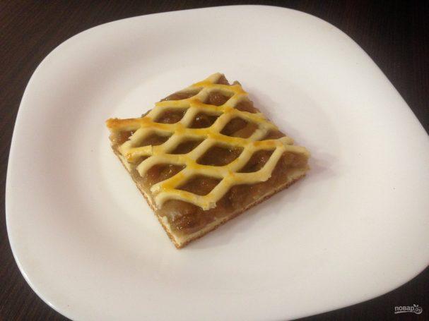 Пирог из грушевого варенья