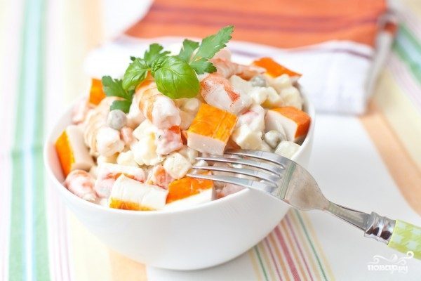 Крабовый салат с креветками