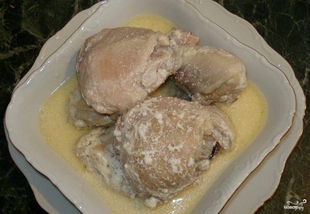 Курица в мультиварке в сметане