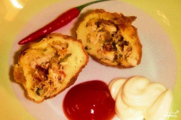 Пирожки с курицей и картошкой