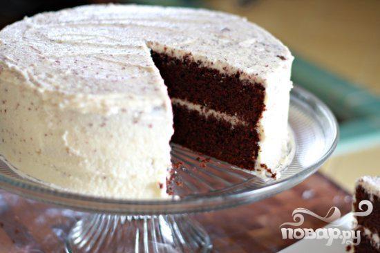 Шоколадный торт со сливочной глазурью
