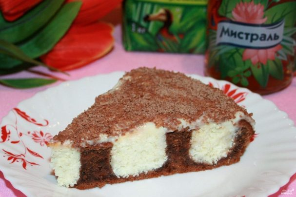 Шоколадный торт с творожно-кокосовыми шариками