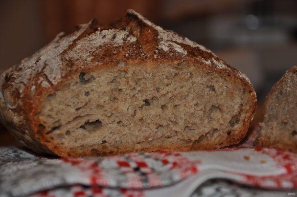Хлеб на закваске в хлебопечке