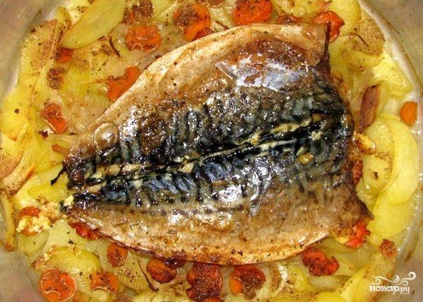 Скумбрия в духовке с картофелем