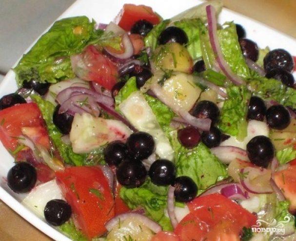 Салат со смородиной