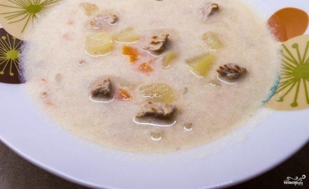 Сливочный суп со свининой