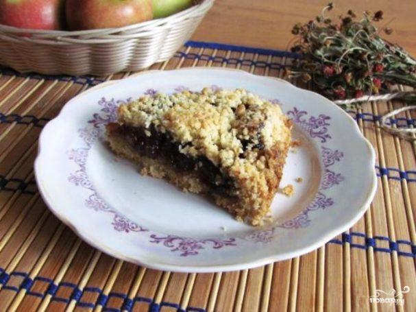 Пирог с грушевым вареньем