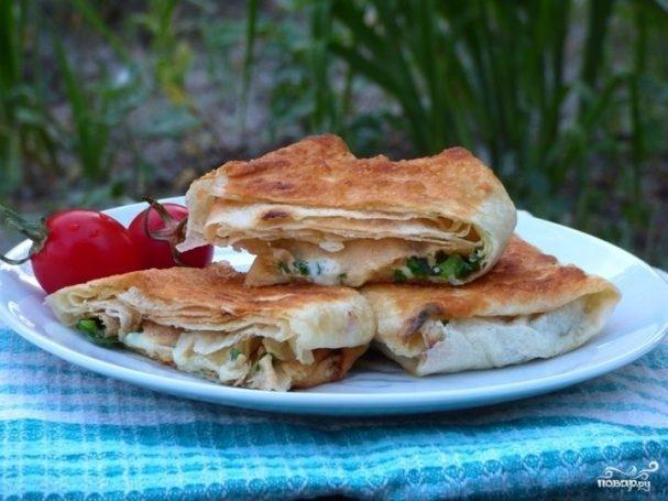 Конвертики из лаваша с сыром и зеленью