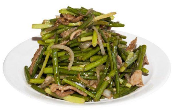 Салат из стрелок чеснока
