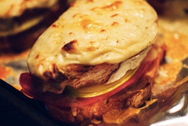 Горячие бутерброды с яблоком