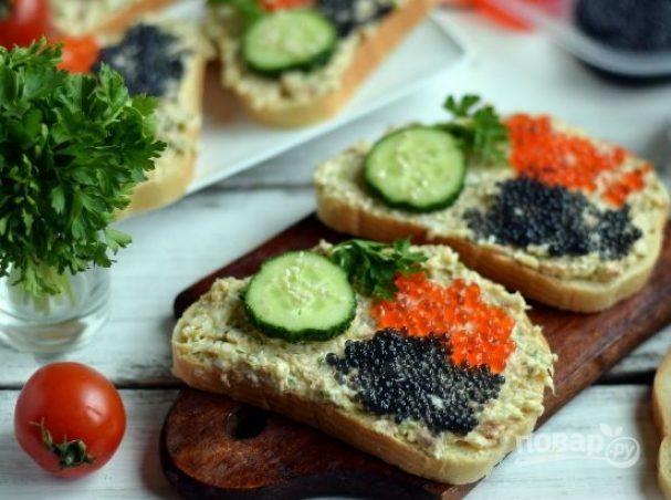 Бутерброды с тунцом и икрой
