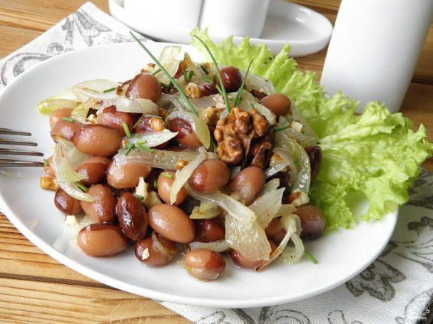Салат из фасоли постный