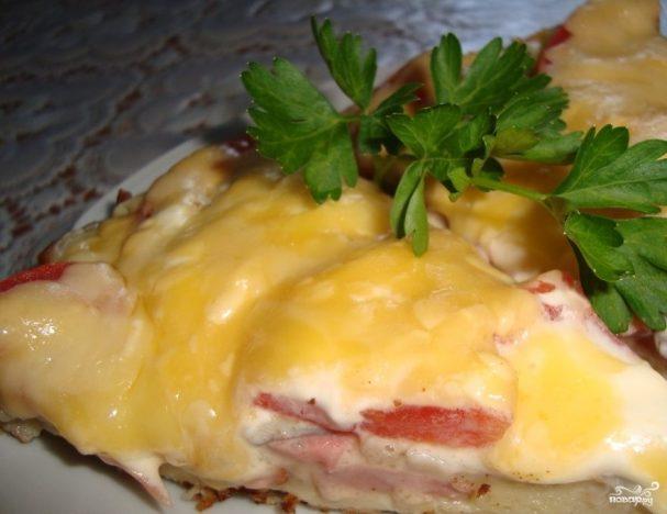 Пицца на сковороде из батона