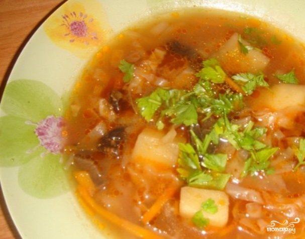 Суп с грибами и капустой