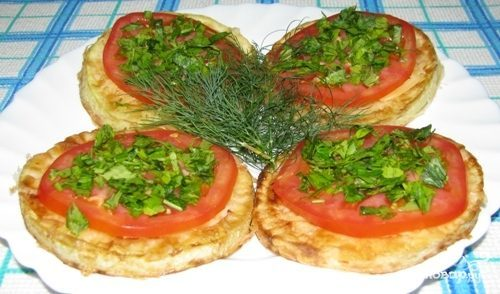 Кабачки жареные с овощами