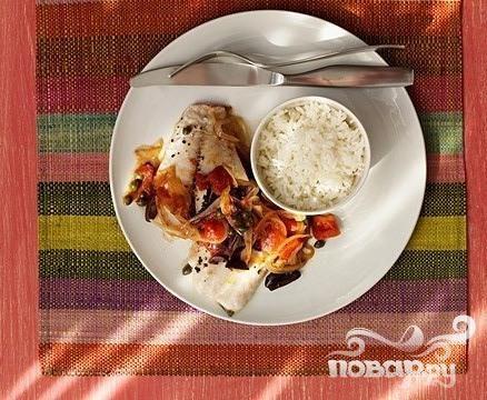 Люциан с рисом и соусом