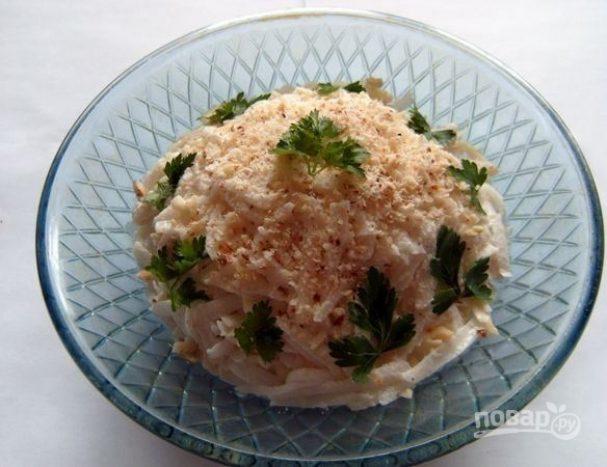 Салат из редьки с сыром