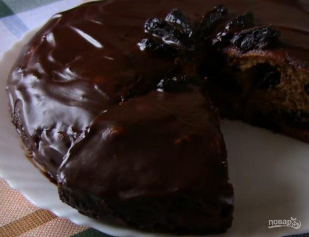 Пирог кофейный с черносливом