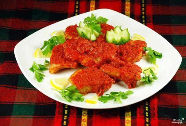 Рыба, тушенная в томатном соусе