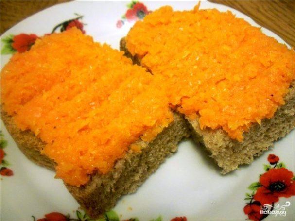 Морковь жареная с луком