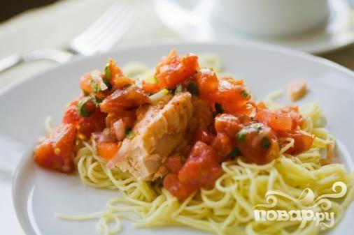 Паста с беконом и лососем