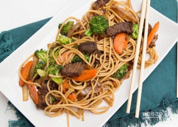 Макароны с мясом и овощами