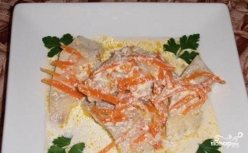 Тушеная рыба в сметанном соусе