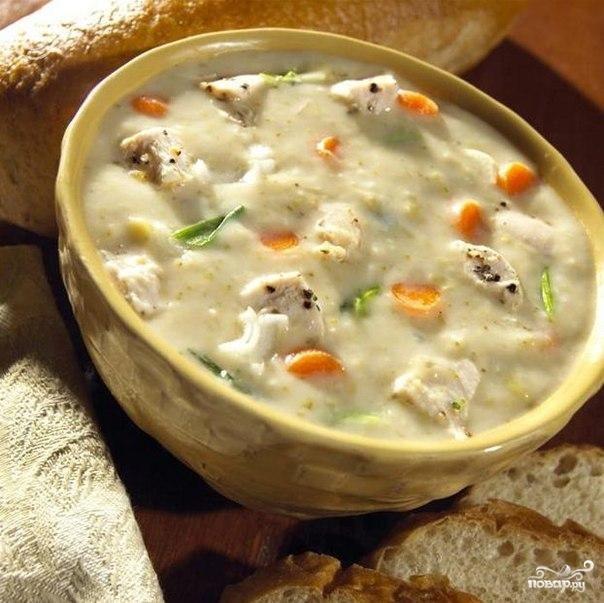 Грибной суп с курицей и сыром пармезан