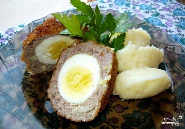 Зразы с целым яйцом