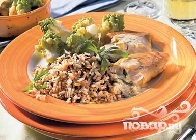 Лосось с овощами и рисом