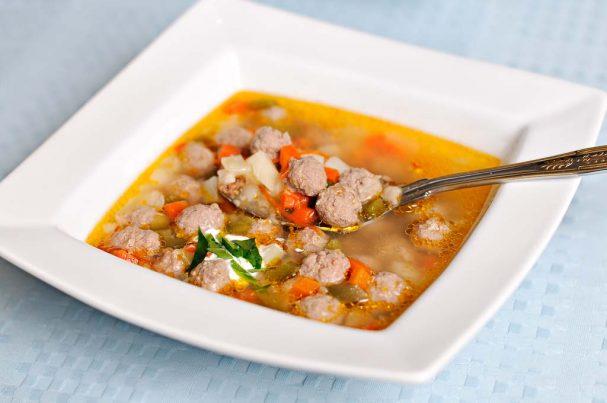 Суп с фрикадельками из говяжего фарша