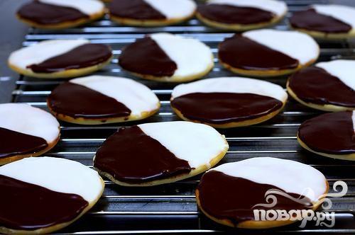 Черно-белое печенье