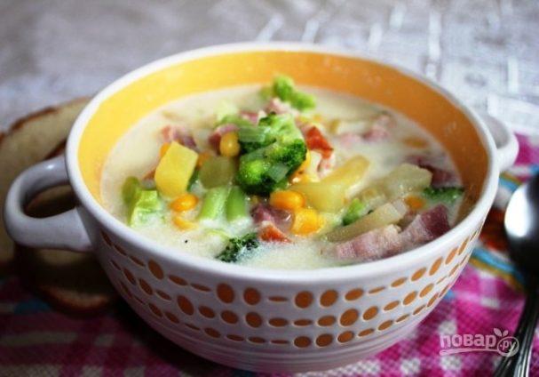 Сливочный суп с брокколи и беконом