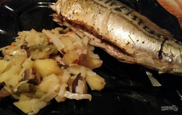 Скумбрия, запеченная с овощами в рукаве