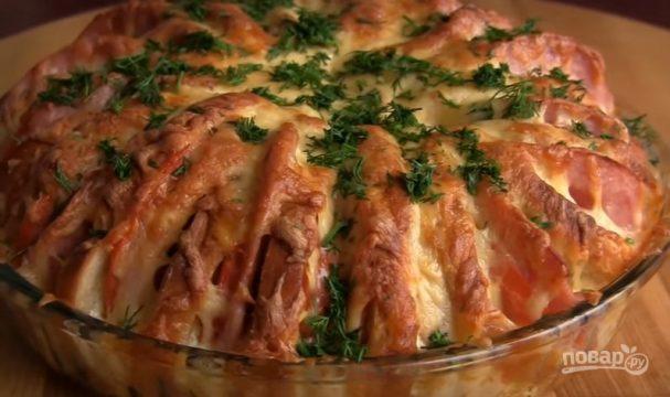 Пирог из батона с ветчиной и сыром