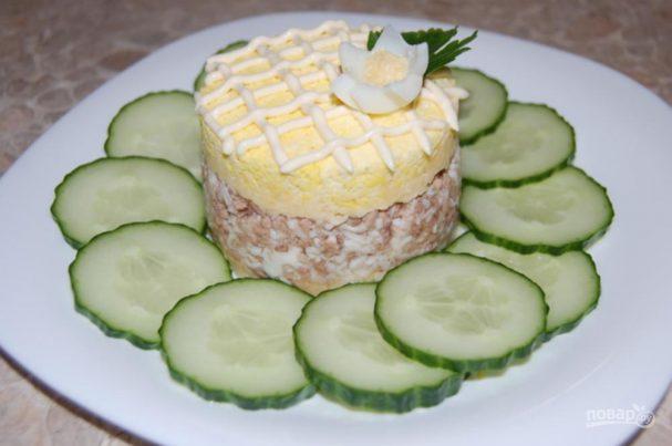 Салат с печенью трески (консервой)