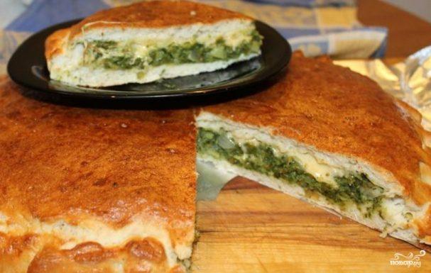 Закрытая пицца с брокколи
