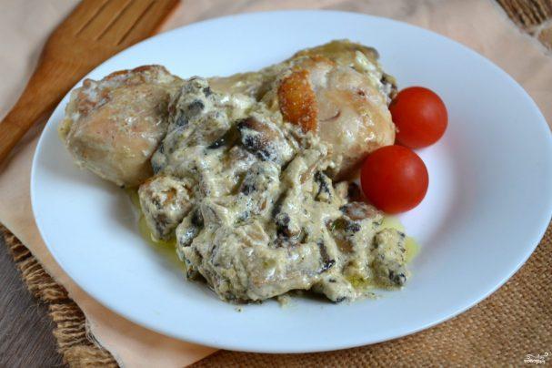 рецепт антрекот с грибами в сметанном соусе в духовке
