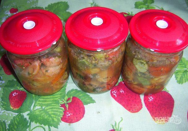 Салат на зиму из помидоров и огурцов