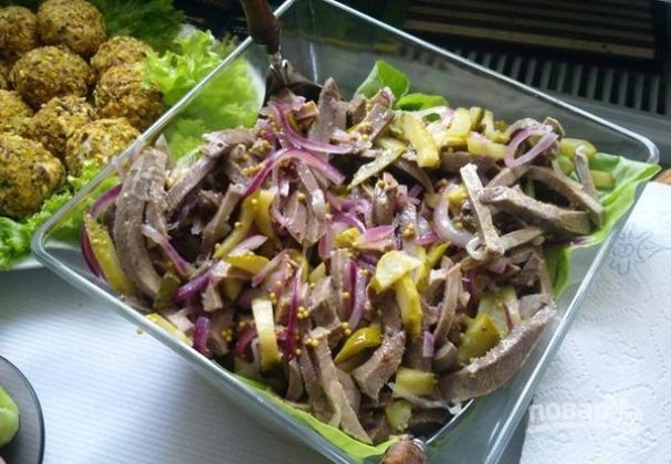 Салат из языка с огурцом