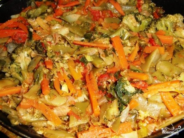 Овощное рагу с брокколи