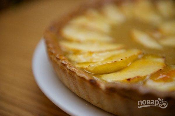 Пирог из яблочного пюре