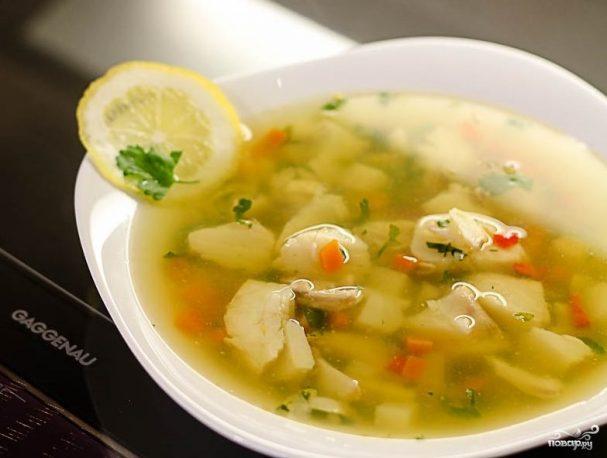 Прозрачный рыбный суп