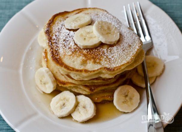 Банановые оладьи на молоке