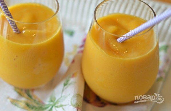 Персиково-манговый смузи